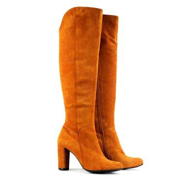 Купити жіноче зимове взуття на підкладці з натуральної байки  f5ed9e5263965